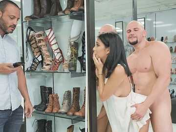 Work fantasies of a salesman who fucks Monica Asis in the shop