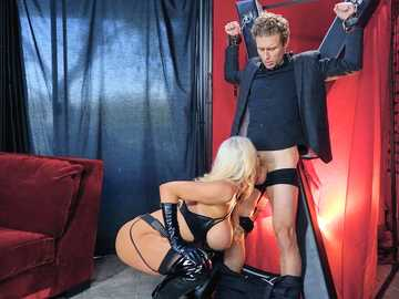 Magnificent pornstar Nicolette Shea offers her man a night of BDSM games